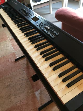 Piano digital ROLAND RD300 NX