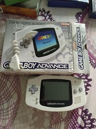 Game Boy Advance blanca