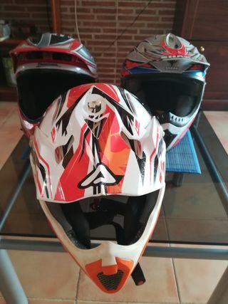 Casco motocross. Casco