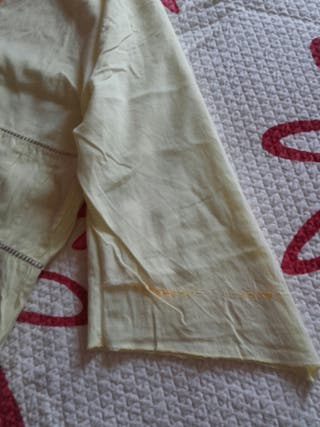 dos blusas de marca de la talla L
