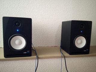 Monitores de estudio activos Swissonic ASM5