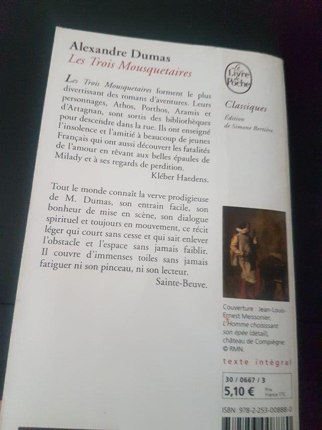 Les 3 Mousquetaires Alexandre Dumas En Francés De Segunda