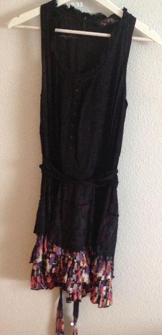 Vestido de desigual de segunda mano por 25 € en Toledo en