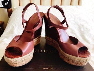 Sandalias cuñas Gucci 38