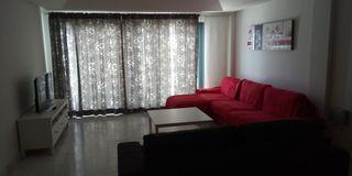 Sofá rojo Kivik 4 plazas + chaiselongue Ikea