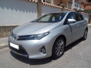 Toyota Auris hybrido automatico