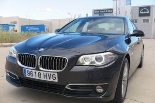 BMW 530dA xDrive Luxury 258Cv