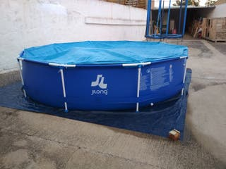 piscina con un solo montaje