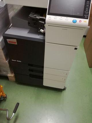 Fotocopiadora Multifuncional Konica Minolta C364e