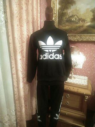 chándal negro Adidas talla S mujer sudadera malla