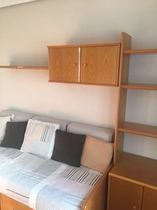 Dormitorio completo.