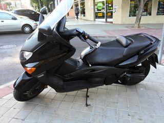 Yamaha Tmax 500 Black Edition