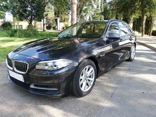 BMW 520D TOURING * XENÓN * NAVEGADOR * LIBRO