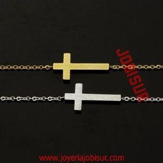 Pulsera con cruz de acero inoxidable y chapado oro