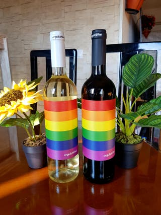 botellas vino (orgullo gay)