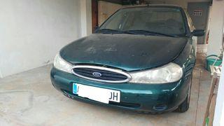 Ford Mondeo 1998 turbo diesel. solo tiene 67000 km