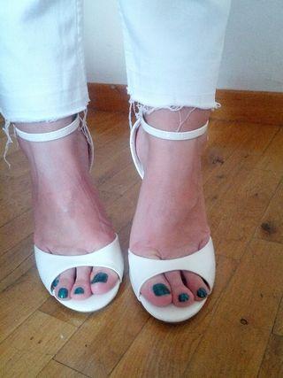 Sandalias blancas zara t. 39