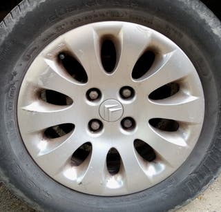 Llanta vehículo