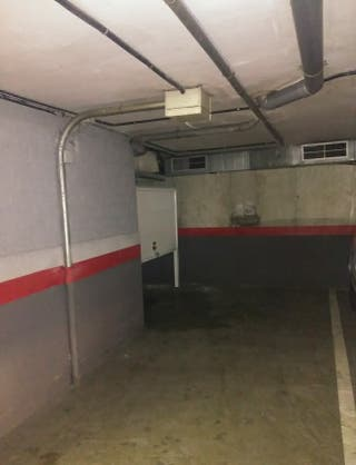 Parking + trastero en Almeda