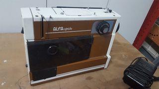 Maquina de coser Alfa Capricho
