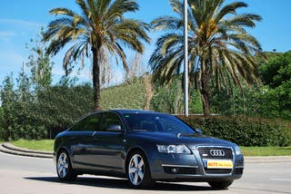 Audi A6 2.4 QUATTRO S/LÍNE IMPECABLE!