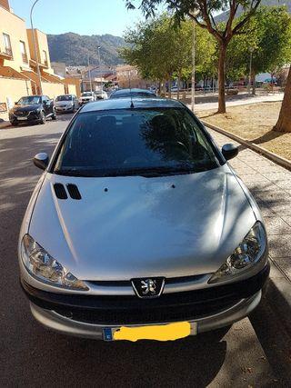 Peugeot 206 Año 2004