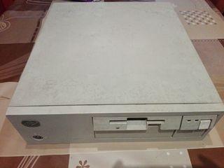 Ordenador PS/2 de IBM 386