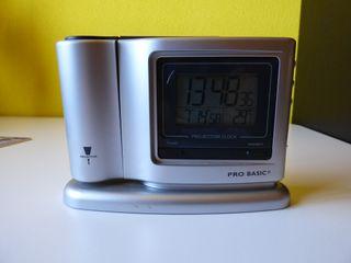 Reloj / despertador digital