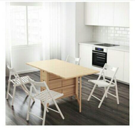 Mesa comedor de madera Ikea de segunda mano por 120 € en Sevilla en ...