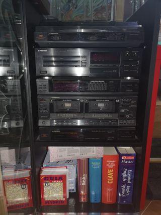 cadena de música con mueble y disco PIONEER