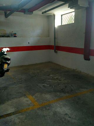Se alquila plaza de garaje en La Zubia