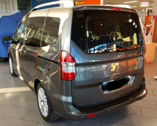 Ford Tourneo Courier 2017