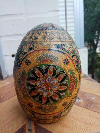 huevo decorativo