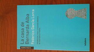 "Llibre ""La casa de Bernarda Alba"""