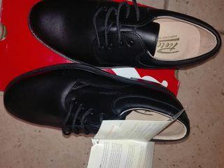 zapatos de piel N40