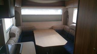 Caravana Averso Plus 440 TK