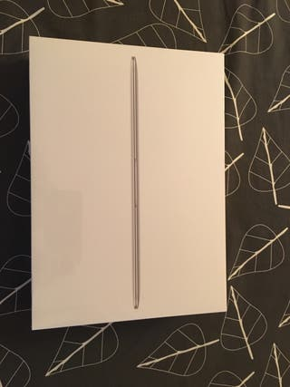 Macbook 12 Sin estrenar
