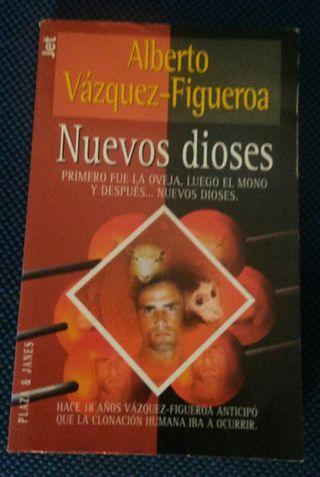 Libros Alberto Vázquez- Figueroa