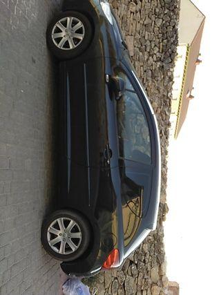 Peugeot 207 1.6HDI 90c 2006