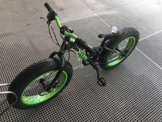 "Bicicleta fat bike 20"" XDS"