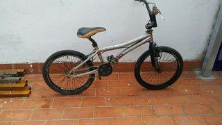Bicicleta de aluminio Monty 301