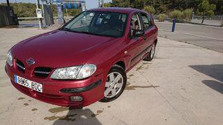 Nissan Almera 2001