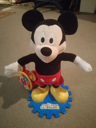 Mickey parlanchin