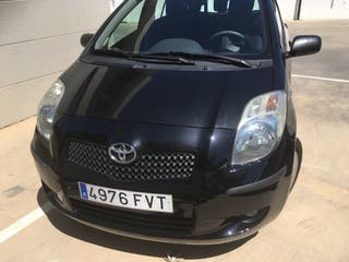Toyota Yaris 2007 en perfecto estado