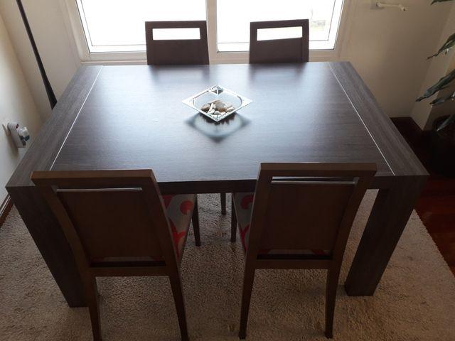 Conjunto mesa y sillas comedor wenge gris de segunda mano por 350 ...