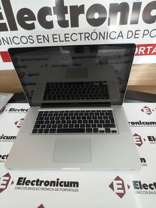 Macbook Pro 15 i7 8GB 240GB SSD