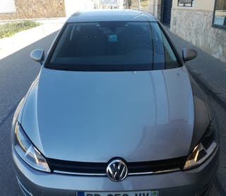 Volkswagen Golf automático