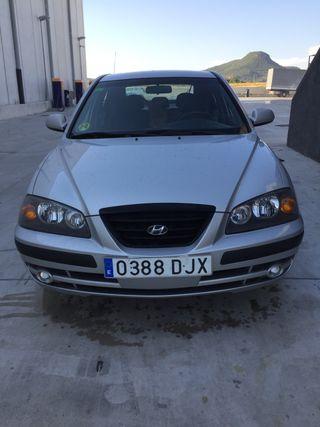 Hyundai Elantra 2005 pocos km