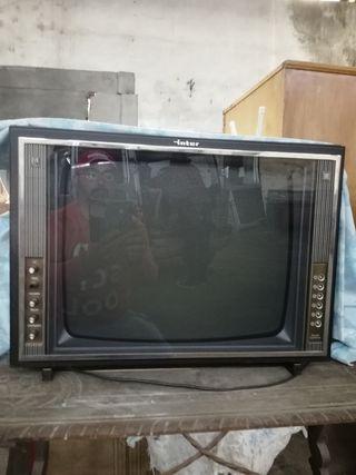 2 Televisiónes antiguas por 100