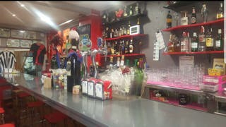 Bar en traspaso en barrio de Eibar.